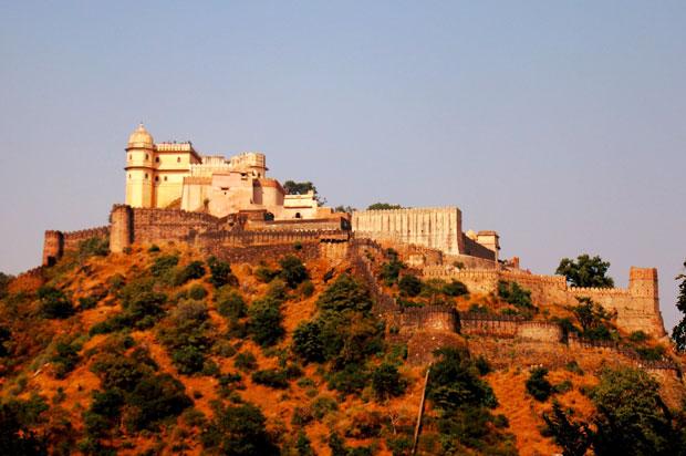 kumbhalgarh-fort-in-kumbhalgarh