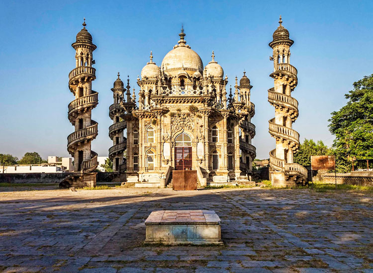 List Of Travel Destinations In India