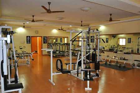 Fitness centre at Nilambagh Palace Heritage Hotel in Gujarat