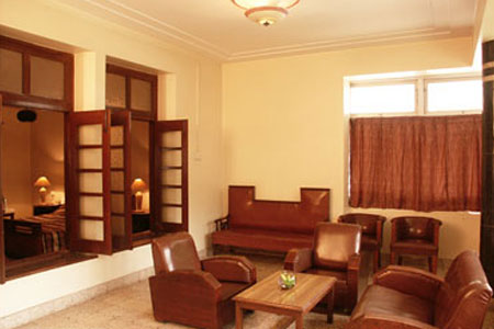 Living Area at Hotel Sunderban in Pune