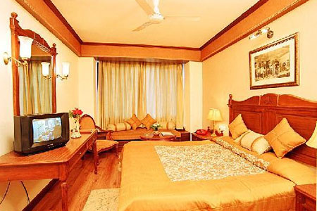Rooms at Snow View Retreat Heritage Hotel, Almora