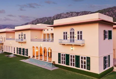 Ramgarh Lodge in Jaipur