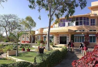 Shikarbadi Hotel in Udaipur