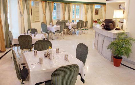 Dining of Garden Hotel