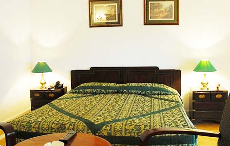 Bedroom of Jawahar Niwas Palace